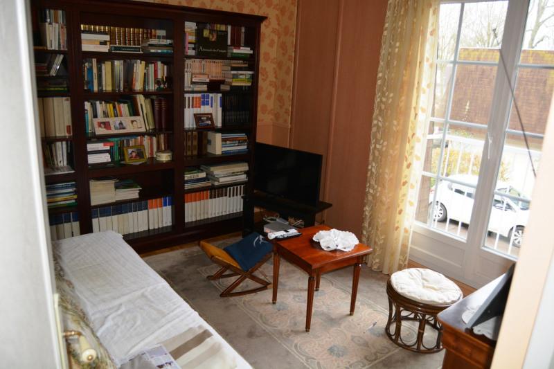 Vente maison / villa La queue-en-brie 289000€ - Photo 9