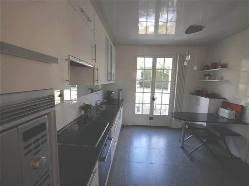 Sale house / villa Noisy le roi 920 000€ - Picture 3