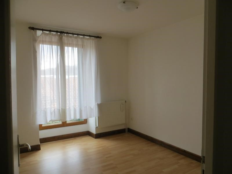 Location maison / villa La roche blanche 806€ CC - Photo 4