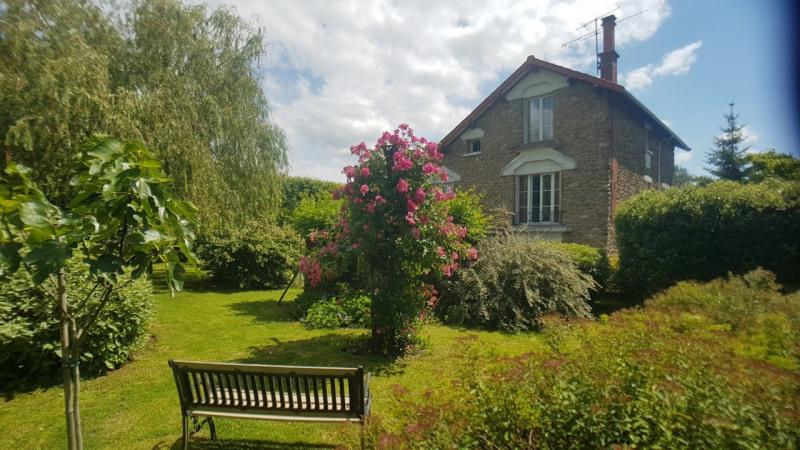 Sale house / villa Grisy suisnes 430000€ - Picture 1