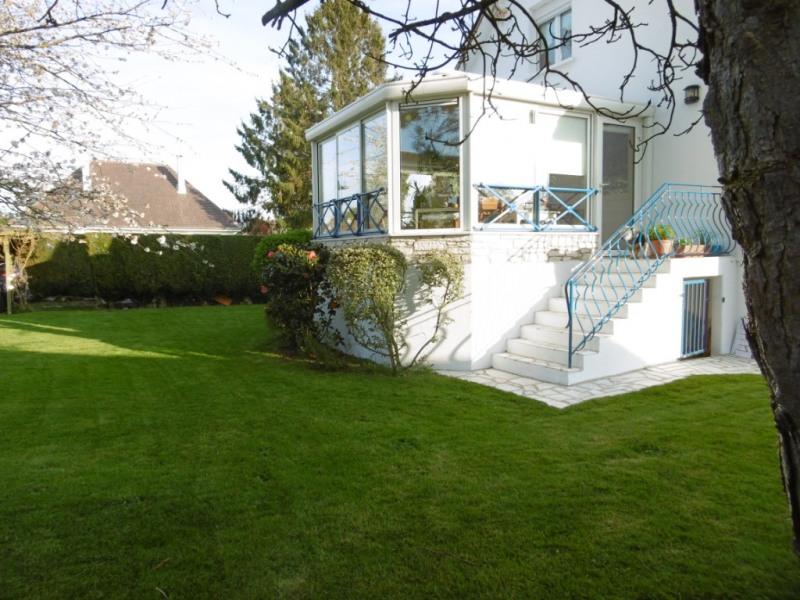 Maison Franqueville Saint Pierre 8 pièce(s) 140 m2