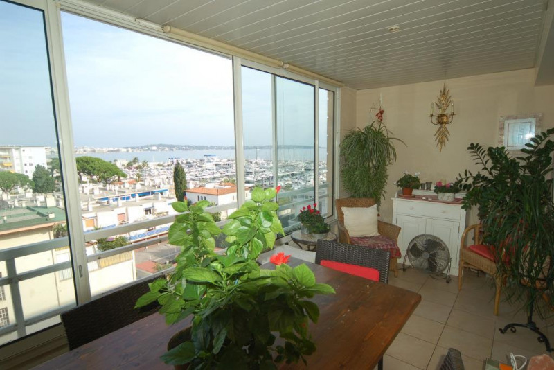 Sale apartment Golfe-juan 450 000€ - Picture 2
