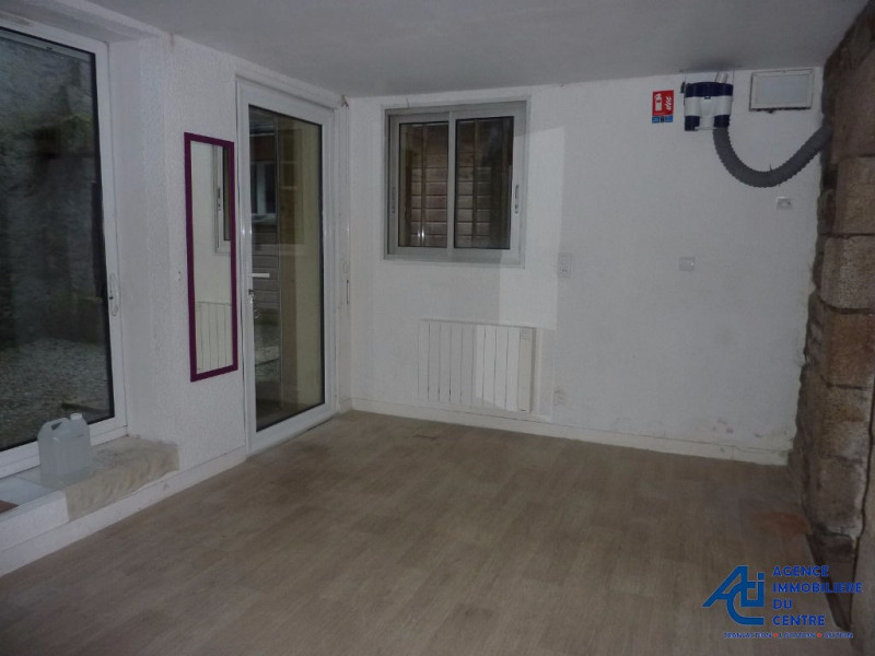 Sale empty room/storage Pontivy 74 200€ - Picture 2