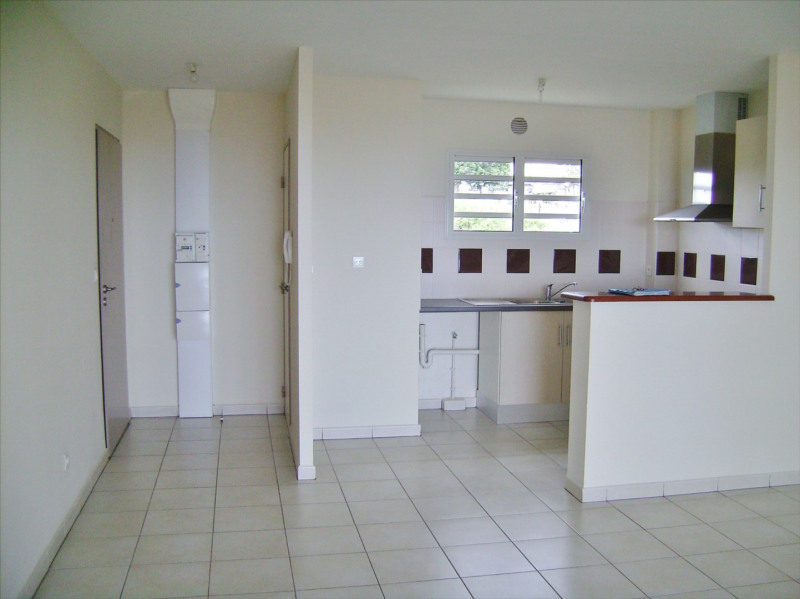 Sale apartment Saint gilles les hauts 182000€ - Picture 7