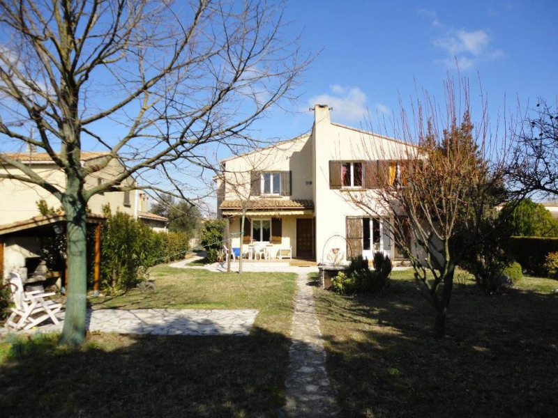 Sale house / villa Entraigues sur la sorgue 410000€ - Picture 2