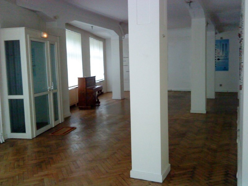 Rental empty room/storage Strasbourg 2 750€ CC - Picture 2