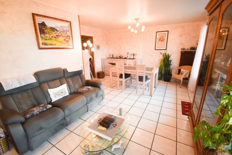 Sale apartment Annecy 233200€ - Picture 2