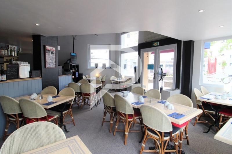 Commercial property sale shop Franconville 69000€ - Picture 2