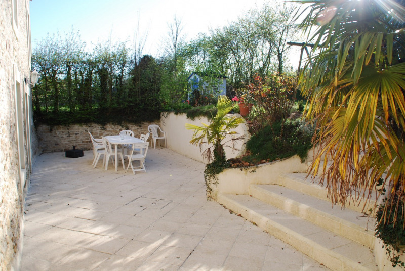 Sale house / villa Bons tassilly 259 000€ - Picture 4