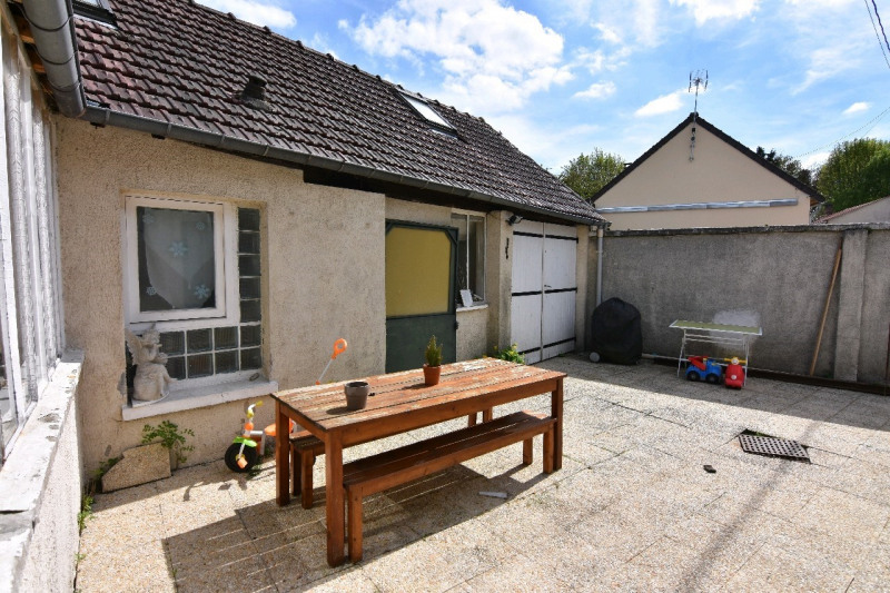 Sale house / villa Neuilly en thelle 179000€ - Picture 2