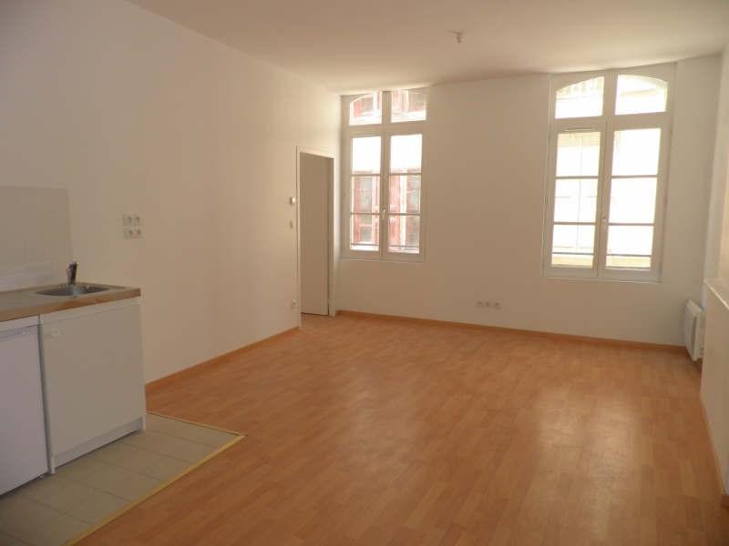 Location appartement Le puy en velay 303,79€ CC - Photo 2