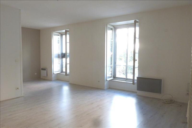 Sale apartment Pau 139 000€ - Picture 1