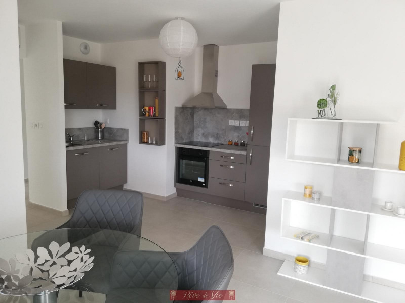 Vente de prestige appartement Bormes les mimosas 332 500€ - Photo 1