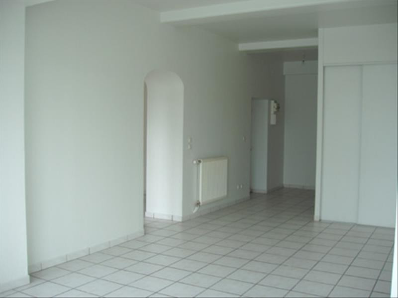 Alquiler  apartamento Sathonay camp 850€ CC - Fotografía 4