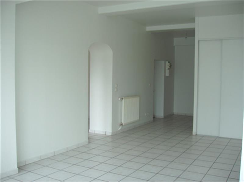 Location appartement Sathonay camp 850€ CC - Photo 4