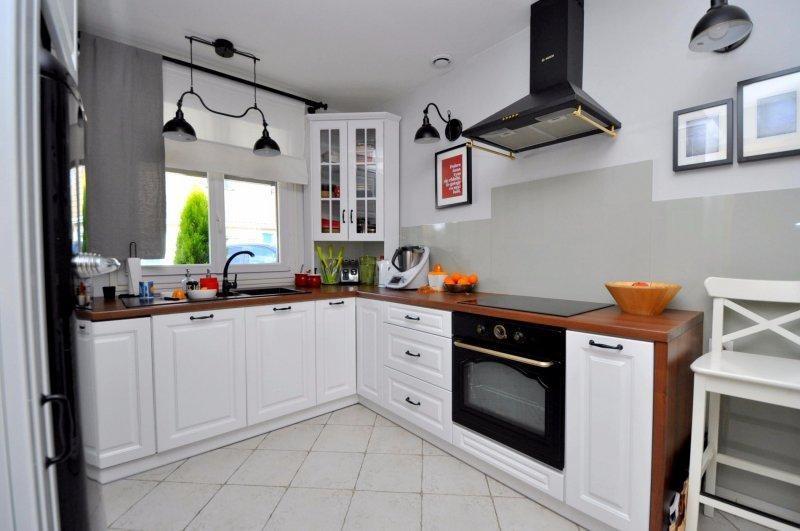 Sale house / villa Forges les bains 385000€ - Picture 4
