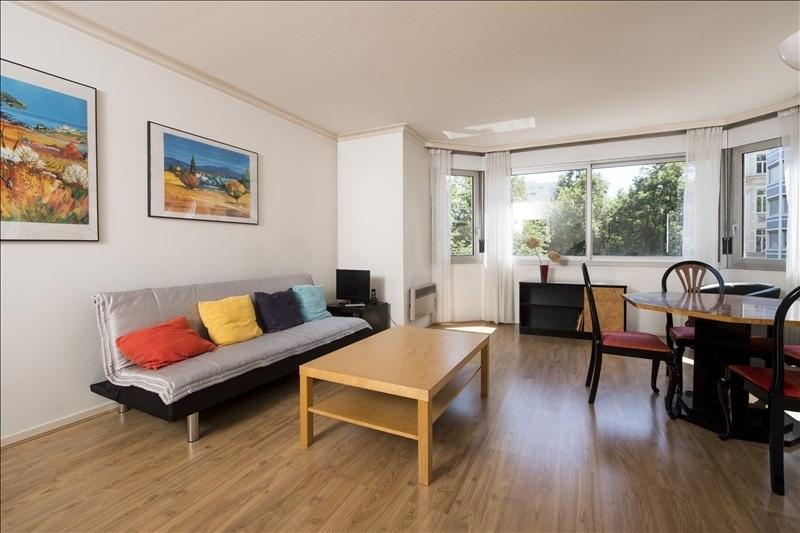 Sale apartment Lyon 6ème 295000€ - Picture 2