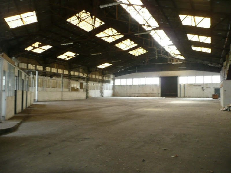 Sale building Vierzon 340 000€ - Picture 2