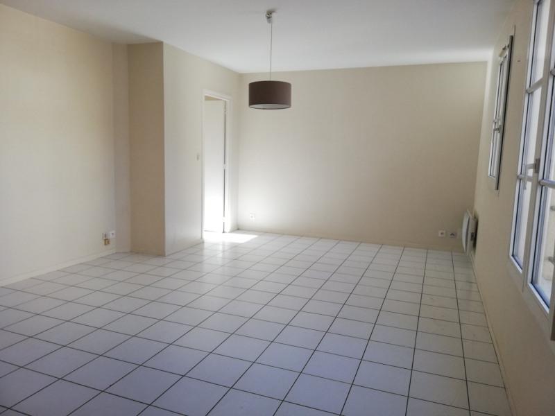 Location appartement Senlis 799€ CC - Photo 4