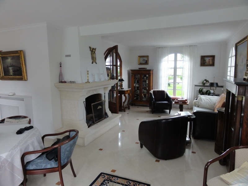 Vente maison / villa Montfort l amaury 588 000€ - Photo 7