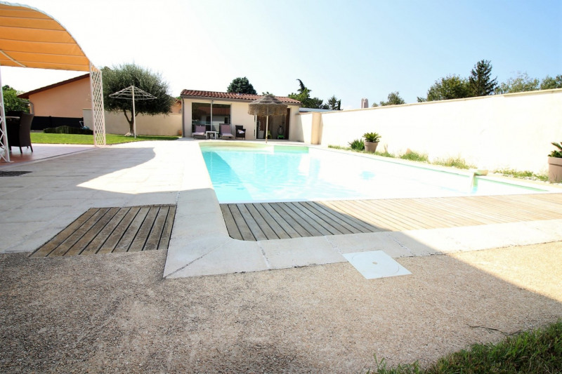 Deluxe sale house / villa Charly 690 000€ - Picture 2