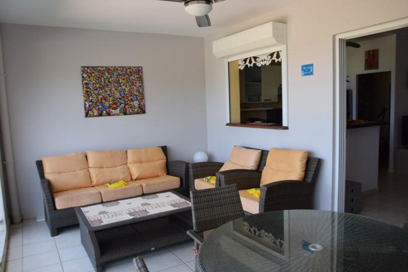 Sale apartment Les trois ilets 238000€ - Picture 2