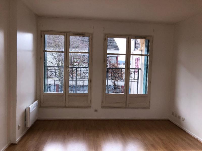 Rental apartment Carrieres sous poissy 649€ CC - Picture 2