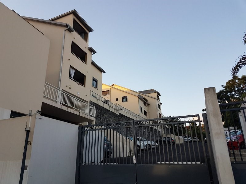 Sale apartment Le quatorzieme 95 000€ - Picture 1