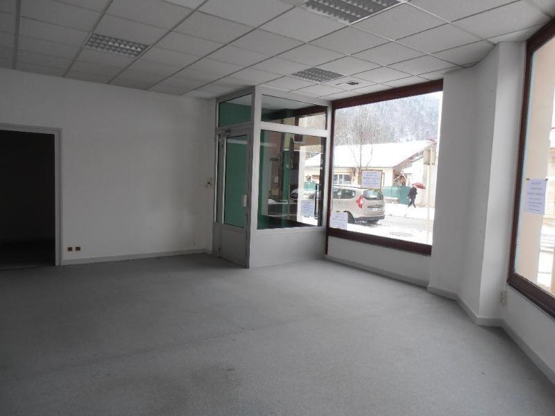 Rental shop Nantua 254€ CC - Picture 2