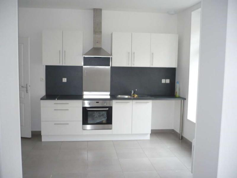 Rental apartment Aire sur la lys 450€ CC - Picture 1