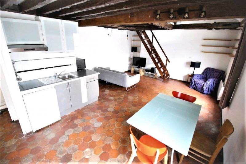 Rental apartment Paris 4ème 1580€ CC - Picture 2