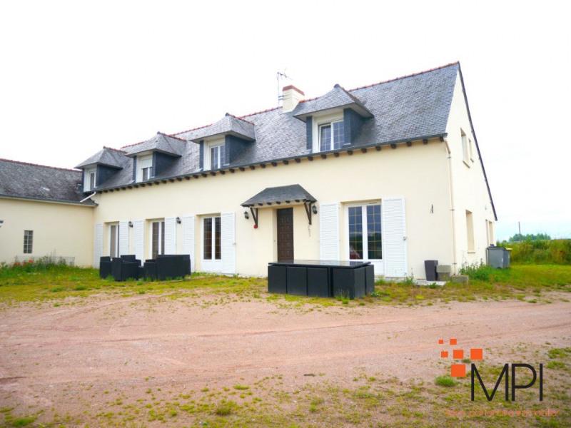 Rental house / villa Saint gilles 1040€ CC - Picture 1