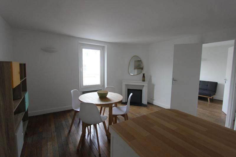 Rental apartment Paris 7ème 1790€ CC - Picture 2