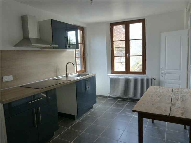 Location appartement Conches en ouche 568€ CC - Photo 1