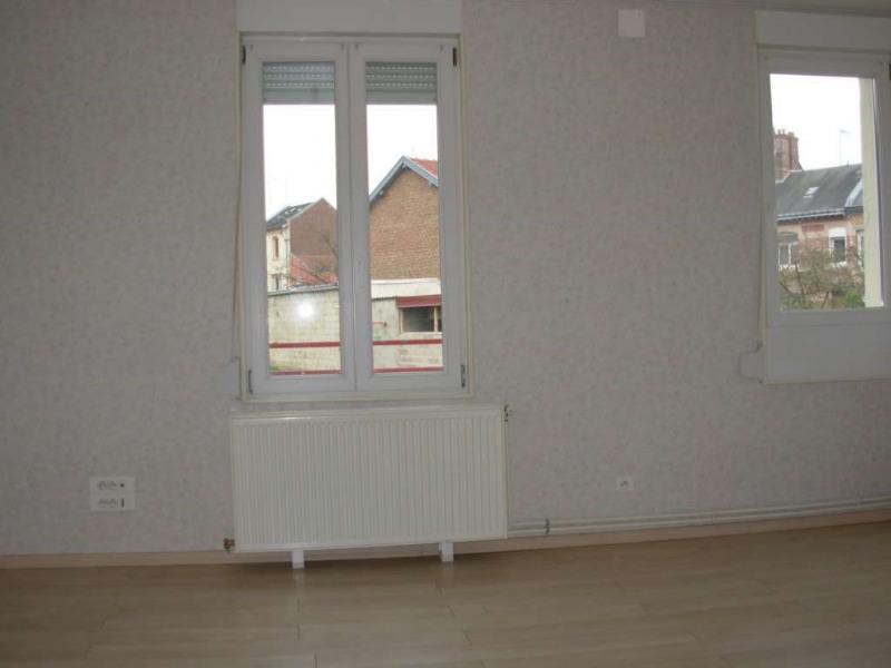 Rental apartment Saint quentin 407€ CC - Picture 5