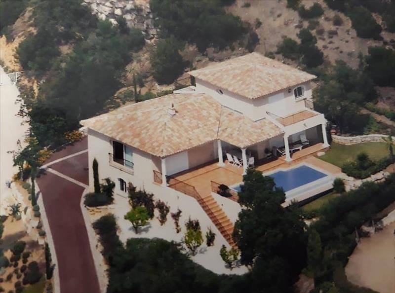 Deluxe sale house / villa Les issambres 1190000€ - Picture 1