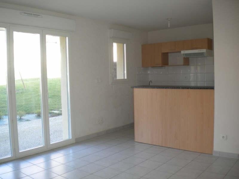 Rental apartment Vendome 470€ CC - Picture 1