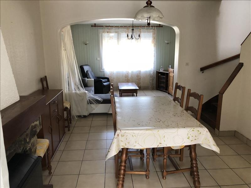 Sale house / villa Jallais 106990€ - Picture 3