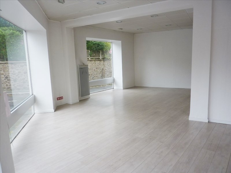 Rental empty room/storage Fougeres 650€ HT/HC - Picture 1