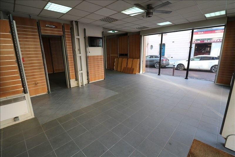 Location local commercial Versailles 3167€ HT/HC - Photo 1