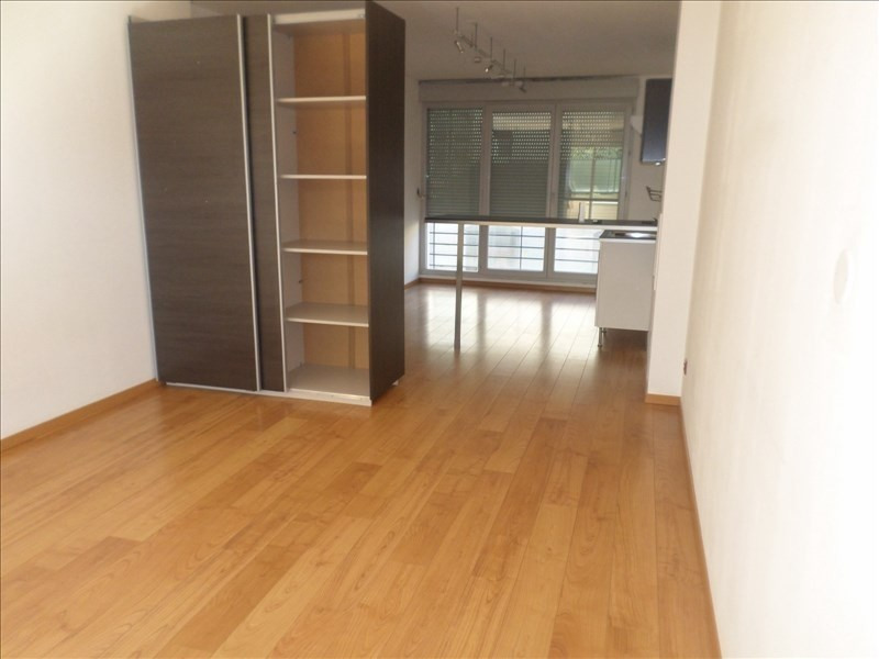 Rental apartment Ste colombe 400€ CC - Picture 1