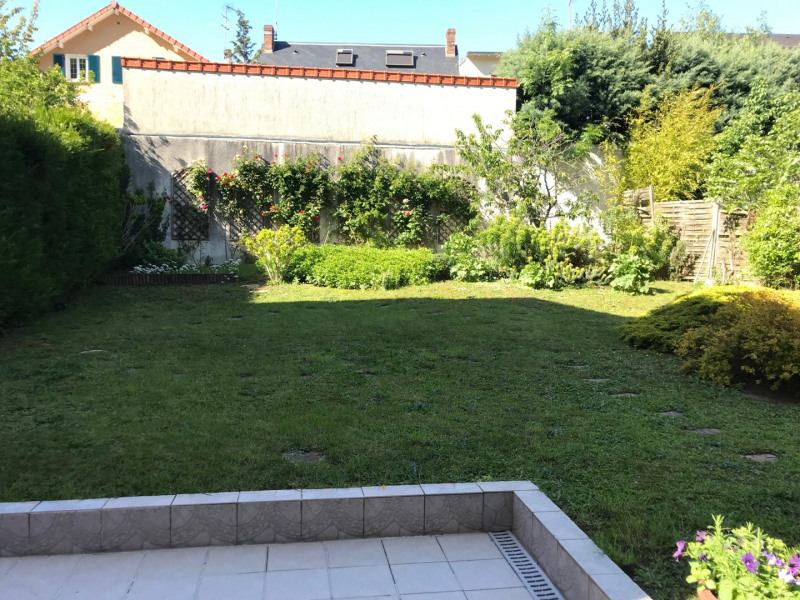 Sale house / villa Le plessis-robinson 956800€ - Picture 2