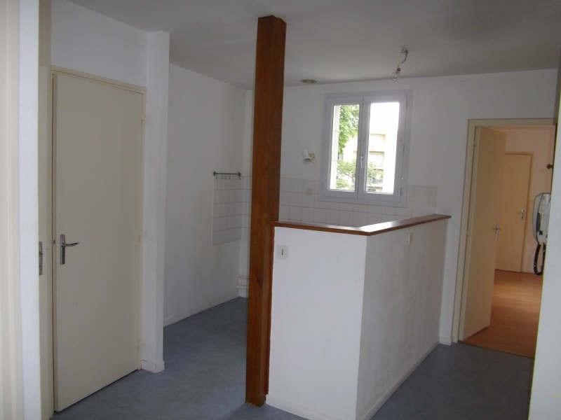Location appartement Vendome 466€ CC - Photo 2