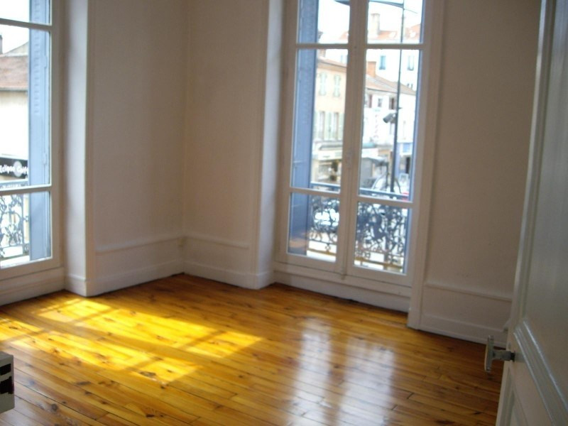 Rental apartment Le coteau 450€ CC - Picture 1