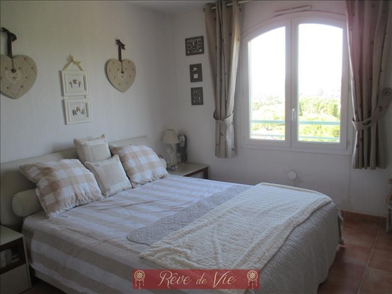 Sale apartment Bormes les mimosas 220 000€ - Picture 5