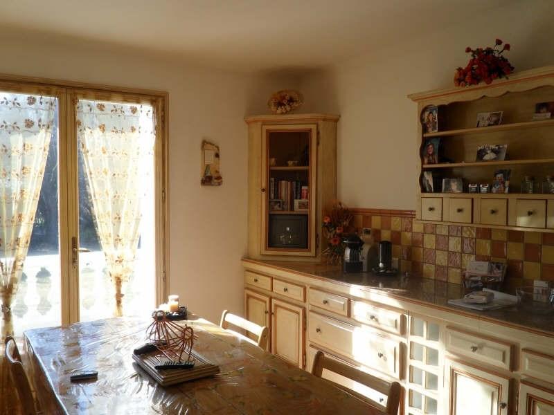 Deluxe sale house / villa Eyguieres 599000€ - Picture 4