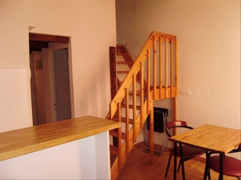 Location appartement Le puy en velay 276,79€ CC - Photo 1