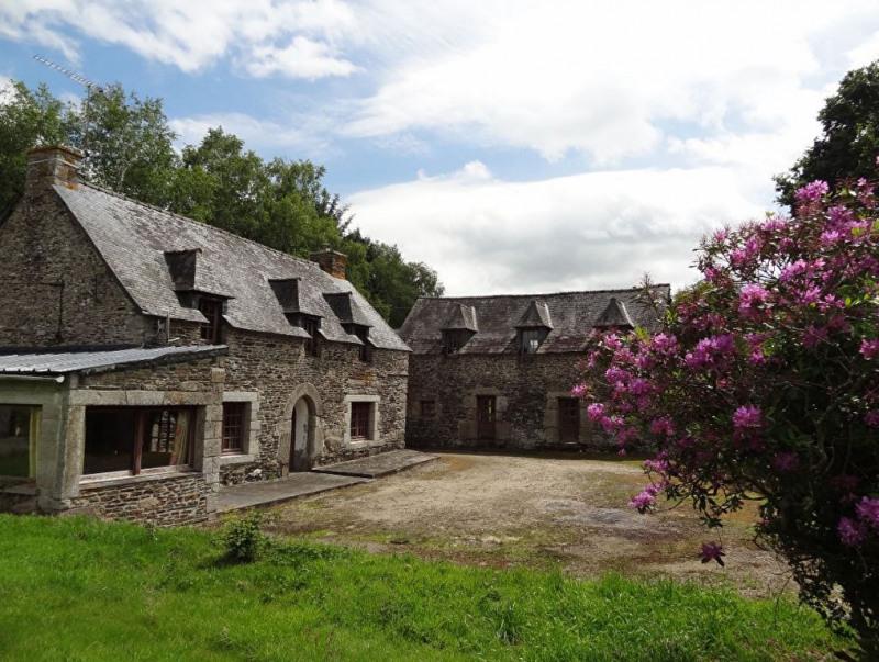 Sale house / villa Saint nicolas du pelem 110000€ - Picture 1
