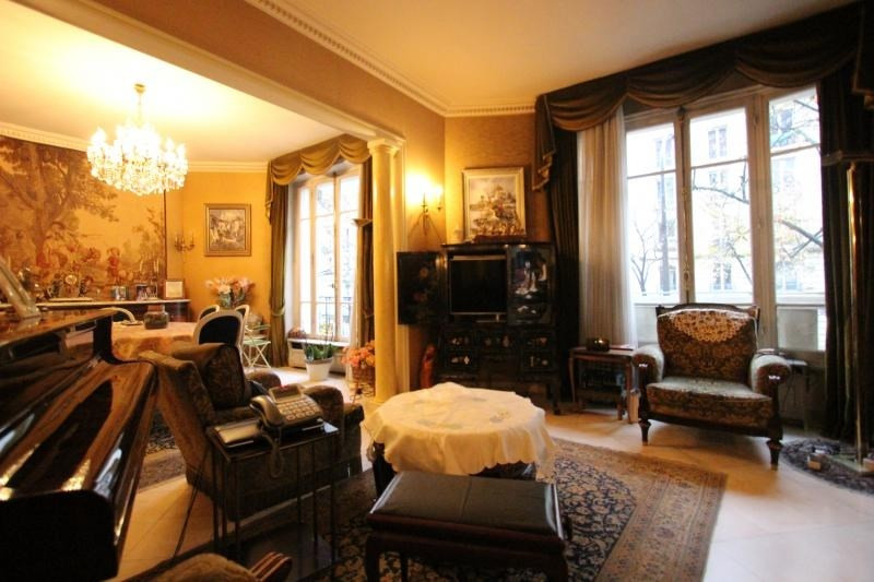 Vente de prestige appartement Paris 11ème 1399000€ - Photo 3