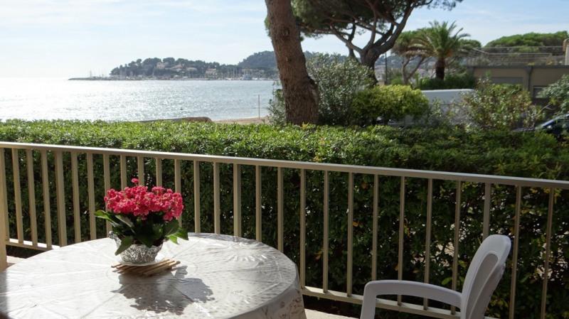 Location vacances appartement Cavalaire sur mer 1400€ - Photo 2